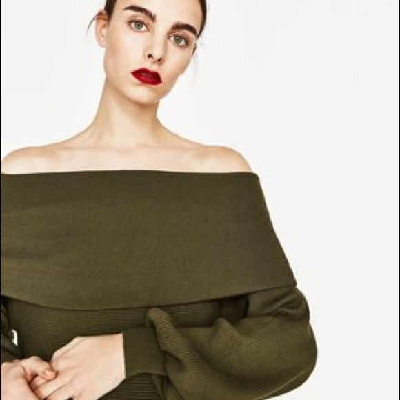 40c4cff1708db8 Zara Ribbed Off The Shoulder Bandeau Sweater. M 5b7314ec5a9d218990594510